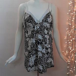 Plus Size 20 Black White 1-Piece Swimsuit